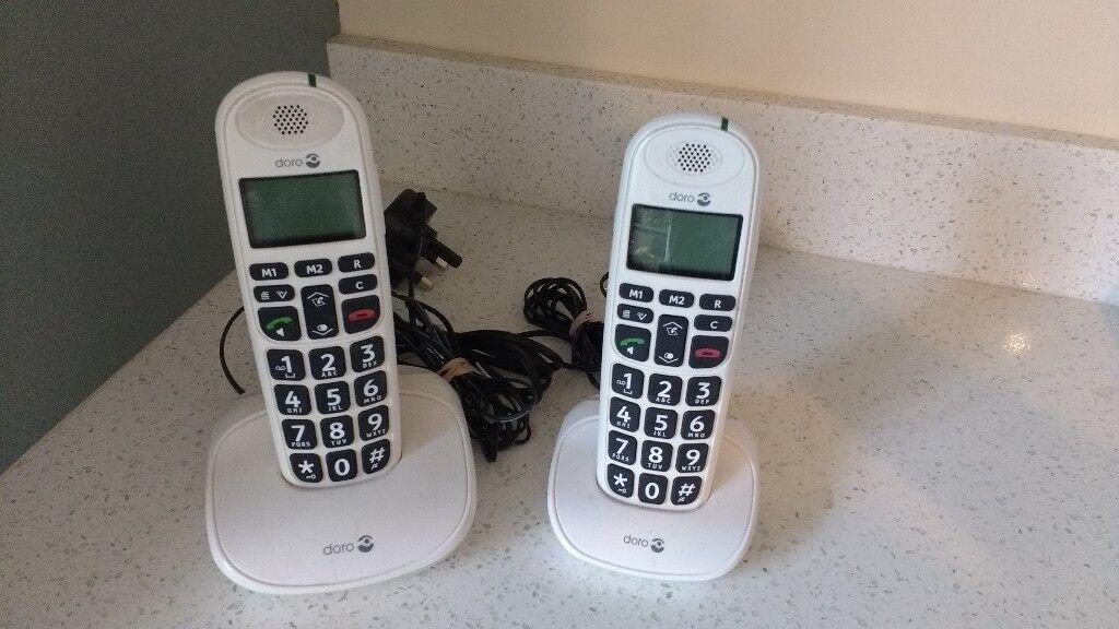 Pair of Doro PhoneEasy 100W Amplified Cordless Phones