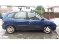 Renault Scenic 1.6L spares and reapirs, does drive well