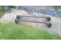 car roof bars brought for my old rover 25 but may fit other cars, collect Abingdon