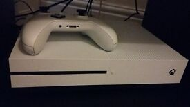 Xbox one S with 8 games downloaded onto it