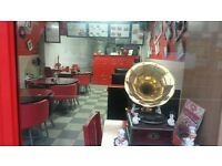 Cafe/ restaurant with A3 licence for sale