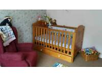 Cot Bed - Winnie the Pooh Design