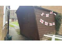 6x8ft summer house, shed workshop. good solid condition. £150 ono