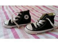 Kids Converse trainers - infant size 6 - Black