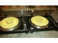 Dj vinyl mixing decks