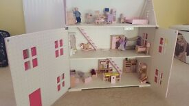 Dolls House with Contents