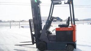 2011 Chariot élévateur/Forklift, Toyota 7FBCU18