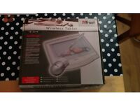 Trust TB-3100 Wireless Graphics Tablet and pen