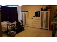 3 bed Southsea (PO5)for your 3 bed or large 2 bed near feltham or surrounding areas