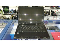 Stone 14'' screen, Intel Atom 4 cores 1.86 GHz (quad), 4GB RAM, 250GB HDD, WIFI, HDMI, WIndows 7