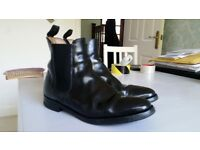 Good quality Size 9 Gents Black Leather Boots