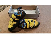 New and never used climbing shoes!