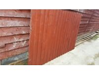 Feather Edge Fence Panel H 4' x L6' with concrete gravel board
