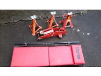 Car maintenance accessories,axel stands,trollyjack,under car bed.