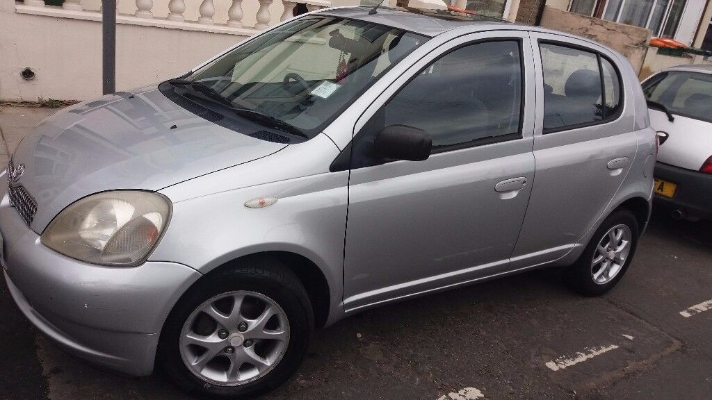 Toyota Yaris 2002, very low Millage, well protected car
