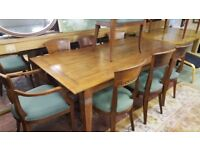 Solid Oak Dining Table & 8 Chairs in Excellent Condition