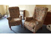 2x Vintage Armchairs in Excellent Condition