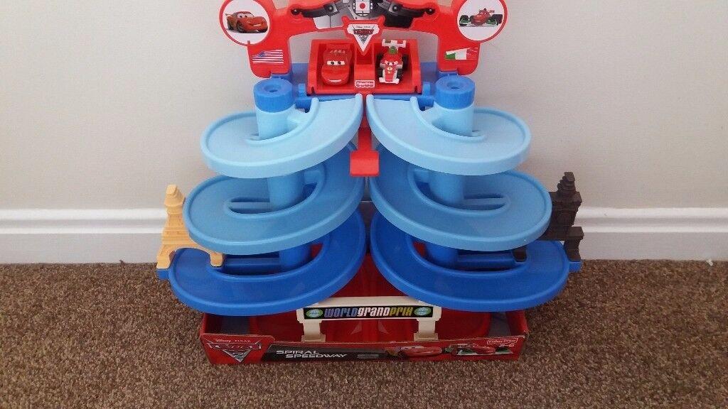 Disney Cars 2 Spiral Speedway SOLD