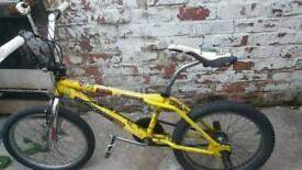 Mongoose Pro old school stunt bike