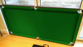 Small snooker /pool table