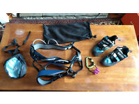 Climbing shoes and harness and accessories (men)