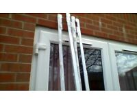 Brand new 8ft long white plastic curtain rail with packaging