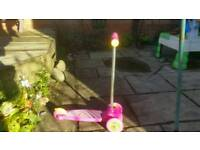 Scooter, Great first scooter, pink 3 wheel scooter