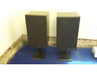 Pioneer S-910 Speakers with stands