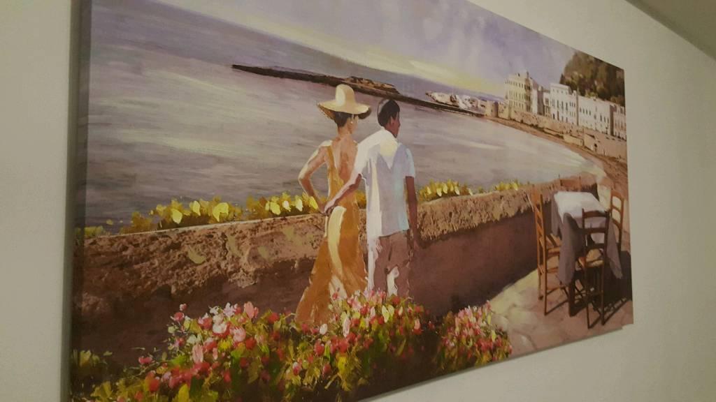 Beautiful Canvas £10