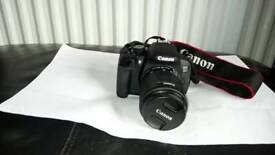 Nearly new Canon EOS 700D Digital Camera