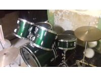 Drum kit, good condition, quick sale because of moving