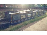 'Stravaig' - 50ft cruiser stern narrowboat / canal boat in London - offers welcome