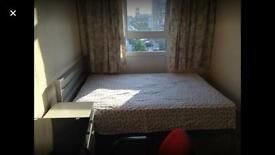 Double size single room to let, E14, bills inc, 5 mins walk to All Saints DLR. Near Canary Wharf