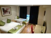 CHEAP THREE BEDROOM APARTMENT WITH FOUR BEDS AVAILABLE IN MARBLE ARCH FOR LONG OR SHORT STAY !!