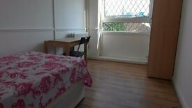 Short let single room available in All Saints station. £125pw all incl