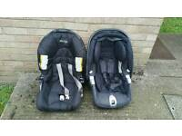 2 kids seat for car very good condition bargain