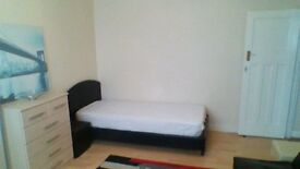 Double Room for rent in Walthamstow-E17