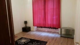 2 Bed Unfurnished Ground floor flat available for Rent in Camelon £400pcm.