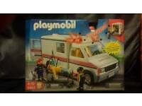 Playmobil NEW, USA LIGHT & SOUND AMBULANCE. SEE PHOTO'S