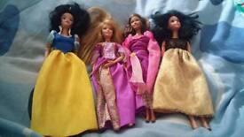 2 Disney dolls 2 snow whites