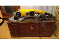Dewalt angle grinder 230 mm,2000 watt