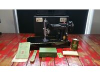 SINGER 221K 1956 PORTABLE SEWING MACHINE