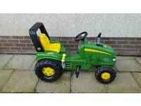 John Deere X-Trac Ride on Tractor with Multi Tipping Trailer and Brake
