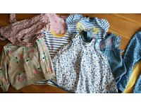 Bundle of girls clothes, age 2-3 years