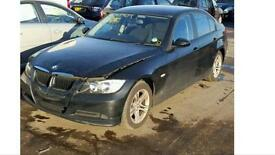 BREAKING BMW 318i 2007 E90