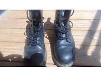 Congratulations. Retro / Vintage / Dr. Marten's / Men's Size 10. Unisex.