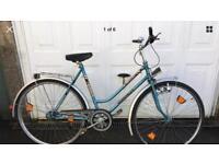 Rare Vintage 'Manmut' ladies town bike