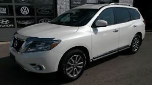 2015 Nissan Pathfinder SL Leather Pearl White Camera