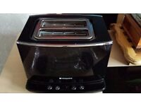 HOTPOINT HD LINE BLACK TOASTER IN ORIGINAL BOX