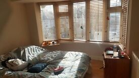 URGENT!! Double Room including all bills, Bright and airy Room in a New house, Greenford